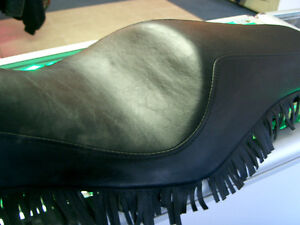 "Harley sporty ""close"" fringe seat   @recycledgear.ca Kawartha Lakes Peterborough Area image 9"
