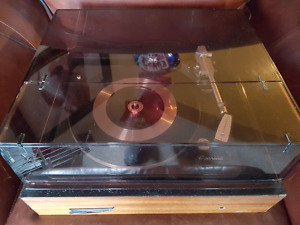 Garrard Stereo Turntable Record Player