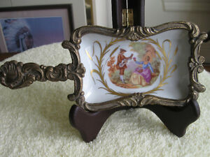 ELEGANT OLD ANTIQUE HAND PAINTED FRENCH PORCELAINE PIECE