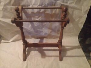 Oak blanket rack London Ontario image 1