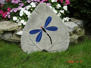 Concrete garden stones made with stained glass. ( Large ) Kingston Kingston Area image 4