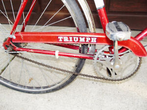 VINTAGE TRIUMPH 3 SPEED PERFECT WORKING CONDITION