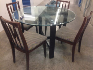 Dining SET  -  Delivery