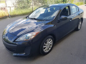 2012 Mazda3 Sport GS-SKY. No Accident.  Sunroof, Alloy Wheels