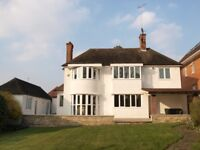 5 bedroom house in Hendon Avenue, Finchley Central, N3
