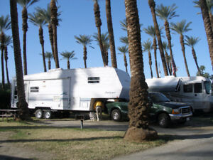 2000,  30 FT SANDPIPER 5TH WHEEL WITH 2 SLIDE