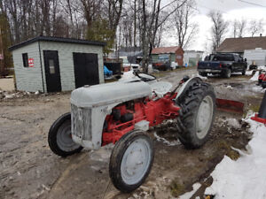 ford 8 N tractor