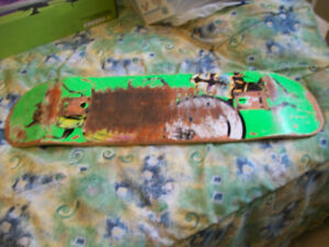 QUASI PRO SKATEBOARD DECK FOR SALE,GREAT POP & SOLID WOOD,look