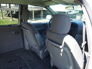 2002 Dodge Grand Caravan Minivan, Van Peterborough Peterborough Area image 5