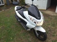 Honda pcx 125 better than sh ps or pes only 1099 no offers