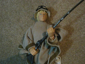 Star Wars 12 Inch LUKE SKYWALKER TATOOINE Action Figure Strathcona County Edmonton Area image 2