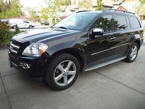 2009 Mercedes-Benz GL-320 w/5 year extended warranty!