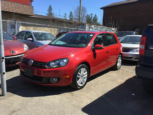 2010 Volkswagen Golf, Leather, Sunroof.