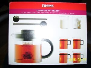 glass tea pot   new   and   pasta pot new