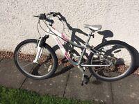 Specialized Hotrock 24 kids mountain bike
