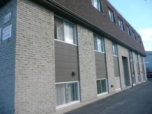 2 Bedroom Apt.-Avail Nov 1- INCLUSIVE, CENTRAL LOCATION!