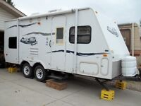 REDUCED!!!! 22BH Starcraft Trailer