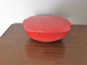 Plat & Couvercle *** Rare Vintage Pyrex 015 *** Lidded Dish