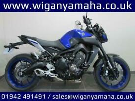 YAMAHA MT-09, 17 REG 6925 MILES, TAIL TIDY, FLY SCREEN, FRAME PROTECTION SLID...