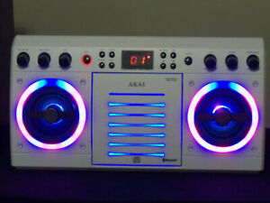 AKAI KS303W-BT Bluetooth Karaoke Speaker LIGHTS DVD CD