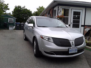 2013 Lincoln MKT EcoBoost Sedan certified and etested.7 passenge