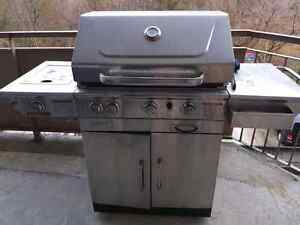 Large BBQ - fair condition, need gone. Make an offer!