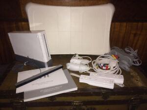 Wii Sports Bundle + Balance Board + games