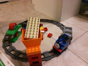 Lego Duplo 5554 Thomas Le Petit Train complet