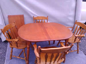 Mable table set solid woods make nb