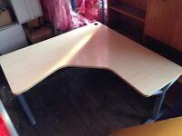 12 corner desks 1600mm x 1600mm can make great pods of 4