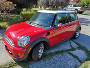 MINI Cooper 2013 - ONLY 29,500 KMs! - Excellent Condition