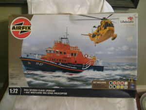 RNLI Lifeboat & RAF Westland Seaking Helicopter Model Kit