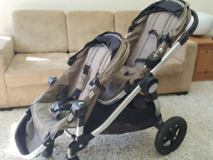 Poussette double baby jogger city select /Double Stroller