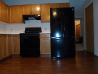 **** CLEAN ***SW - HUGE 3+ BDRM - BY SOUTHLAND LEISURE CNTR*****