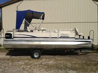 2005 Ercoa 20ft pontoon