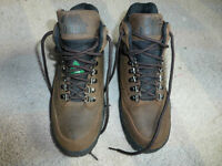 Like new KODIAK csa steel toe safety boots