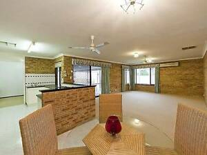 SPACIOUS FAMILY HOME IN QUIETE AND CONVENIENT LOCATION Willetton Canning Area Preview