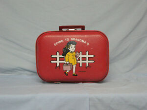 SMALL RED SUITCASE FOR CHILD - VINTAGE