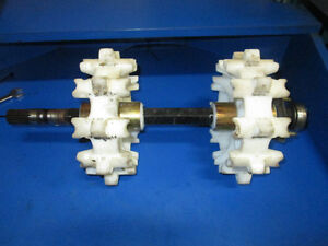 2006 skidoo summit 800 ho front drive axle/ 10 tooth sprockets