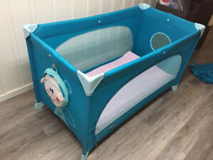 Chicco Easy Sleep Travel Cot (0-4years) with extra mattress