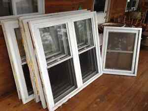 Used Good Condition Single-Hung Windows