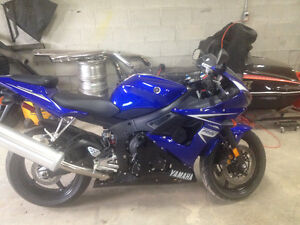 Selling my Yamaha R6S. Near perfect condition with a few extras.