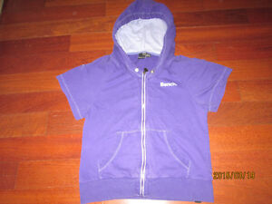 Bench hoodie Size small periwinkle Kitchener / Waterloo Kitchener Area image 1
