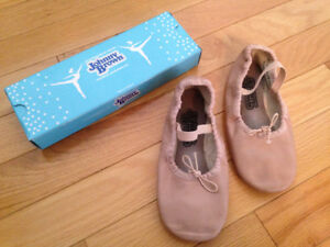 Girls Pink Leather Ballet Slippers - size 1