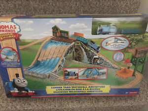 New! Thomas and friends Lunberyard waterfall adventure Kitchener / Waterloo Kitchener Area image 1