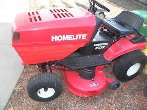 "Homelite 12. HP 39""Cut Lawn Tractor"