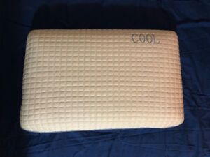 Brand new cooling pillow