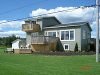 ***New Price*** beautiful waterfront home - Cocagne River
