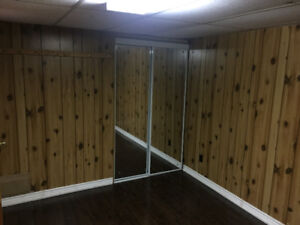 BASEMENT BEDROOM FOR RENT