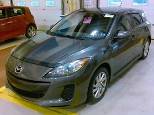 2012 Mazda 3 Touring Automatic, Bluetooth Clean Carproof